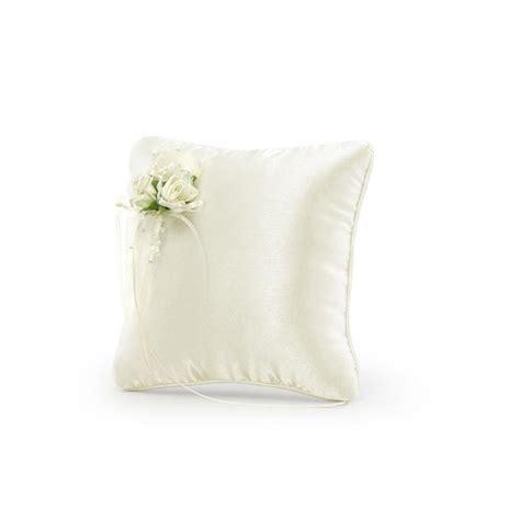 portafedi fiori cuscino portafedi crema con fiori bomboniere matrimonio