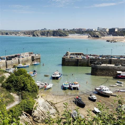 bed and breakfast in newquay cornwall aquarius b and b bed and breakfast in newquay cornwall