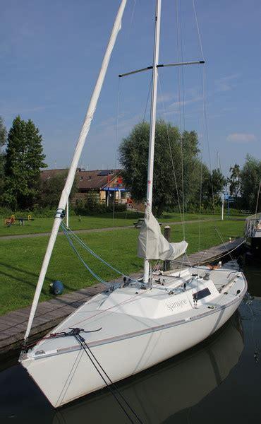 zeilboot abonnement j 22 zeilboot huren bij waterland yacht charter monnickendam