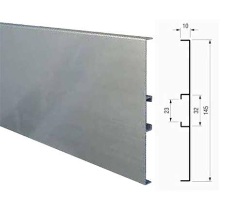 zocalos de cocina zocalo aluminio cocina y ba 209 o interiorismo y accesorios