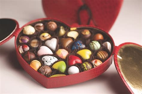 Valentines Gifts For Everyone Decadent Chocolates by S Day It Or It Here Are The Facts