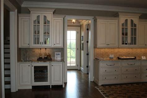 Brick Kitchen Cupboards by Brick Backsplash White Cabinets Floor Home Ideas