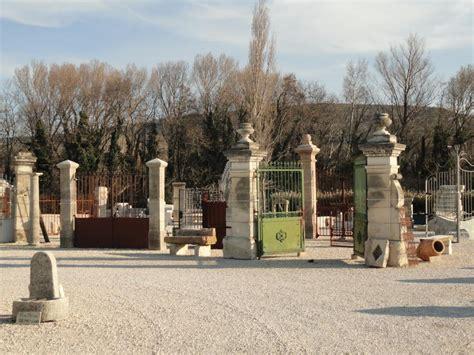 Materiaux Anciens Vaucluse by Lemiere Mat 233 Riaux Anciens Pr 232 S D Avignon Dans Le Vaucluse