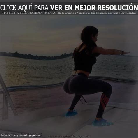 imagenes mujeres yoga fotos de yoga en la playa im 225 genes de yoga