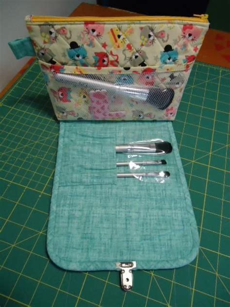 pattern for brush roll cosmetics bag with built in brush roll made with the free