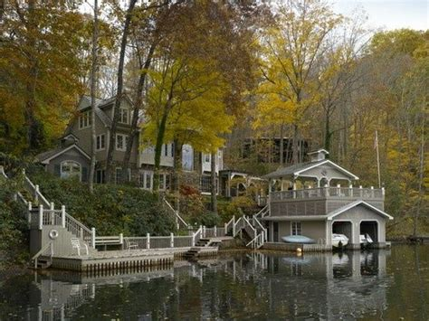 lake house boat boat house lakes and lake houses on pinterest