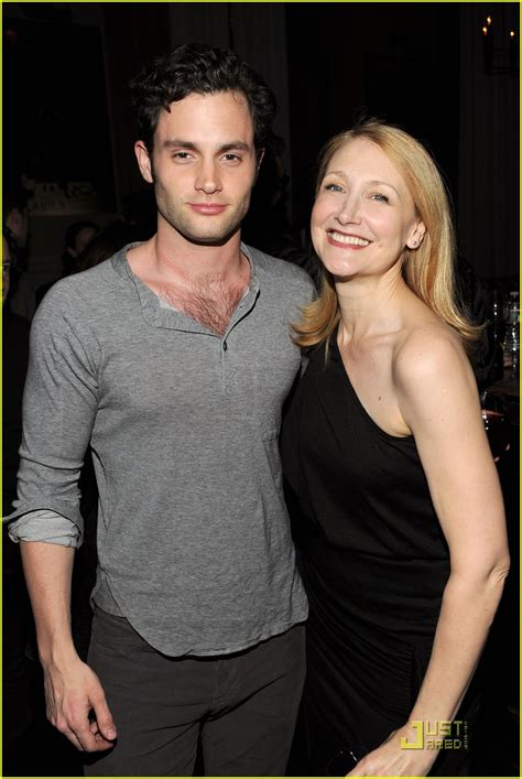 patricia clarkson joven penn badgley it s time for cairo photo 2504105