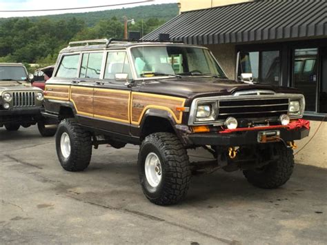 jeep wagoneer lifted 1989 jeep grand wagoneer 4x4 road lifted custom