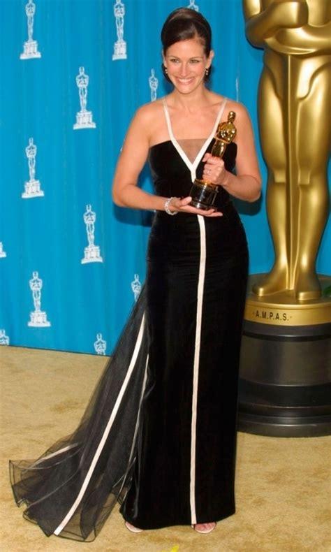 film oscar julia roberts best actress dresses past 20 years julia roberts