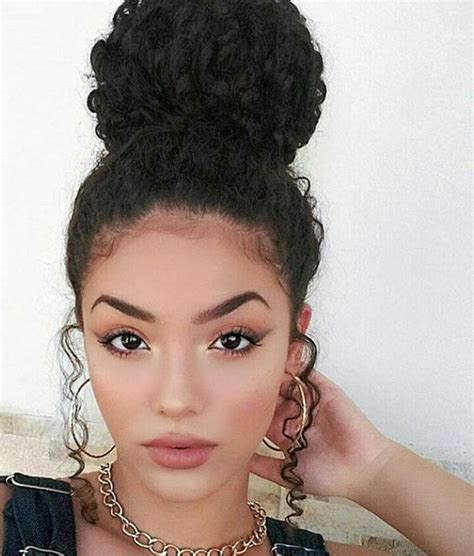 Wedding Hairstyles For Tight Curly Hair by How To Get The Ballerina Bun Look Curlyhair 2018