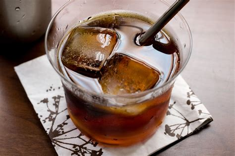 black russian cocktail black russian recipe chow com