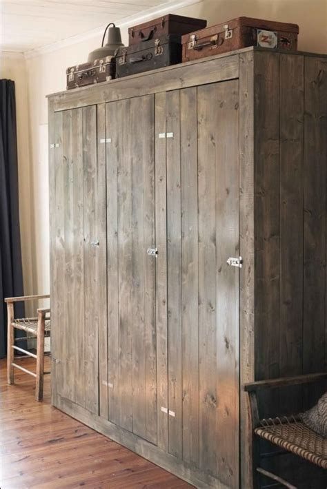 beautiful wooden closet  amazing wooden closets