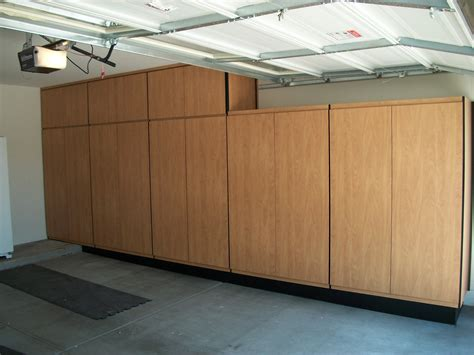 Wooden Cabinets For Garage by Build Wood Garage Cabinets Woodworking Projects