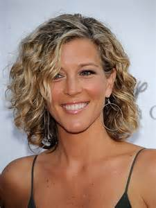 hairstyles for thin wiry curly hair mature women medium hair styles