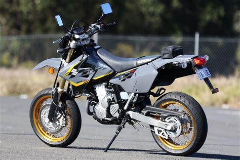Suzuki Dzr400 Review 2016 Suzuki Dr Z400 Sm Bikeonline Au