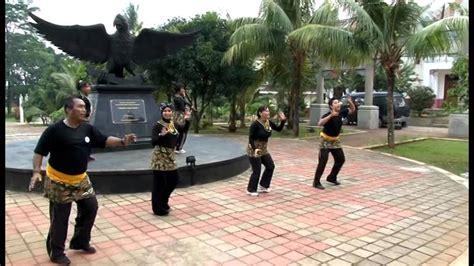Vcd Desy Ning Nong Goyang Gemufamire flashmob kreasi daerah gemu fa mi re doovi