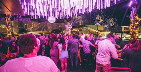 new year dinner brisbane win tickets to the fox hotel s hola mexico the g g