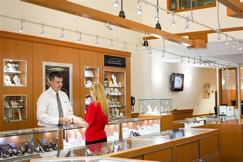 Local Jewelers by Local Jewelers Vs Retail Jewelers Where To Purchase