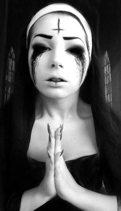 gothic  gothic   halloween makeup scary