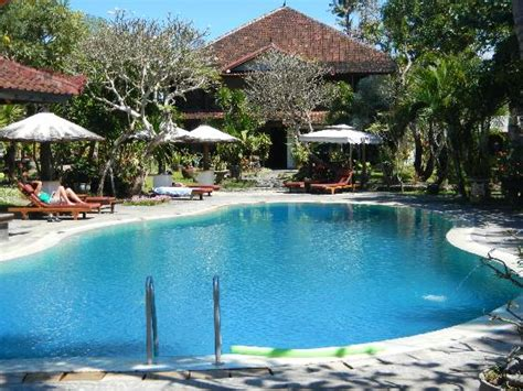 gazebo sanur 301 moved permanently
