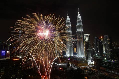 new year hers malaysia top 15 places to celebrate new year s in malaysia to