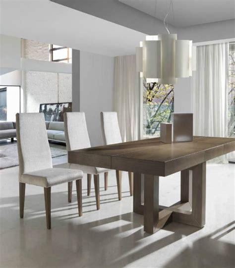 mesa de comedor extensible modelo  de almosa