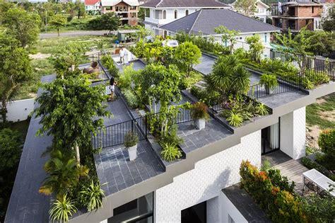rooftop garden house  cozy interiors vtn architects