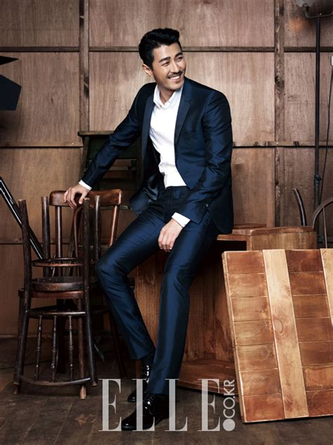 Setelan Channel Army foto cha seung won di majalah edisi desember 2014