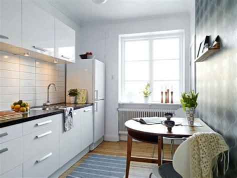 küchenfliesen wand modern 41 interessante k 252 chenspiegel ideen f 252 r die wohnung