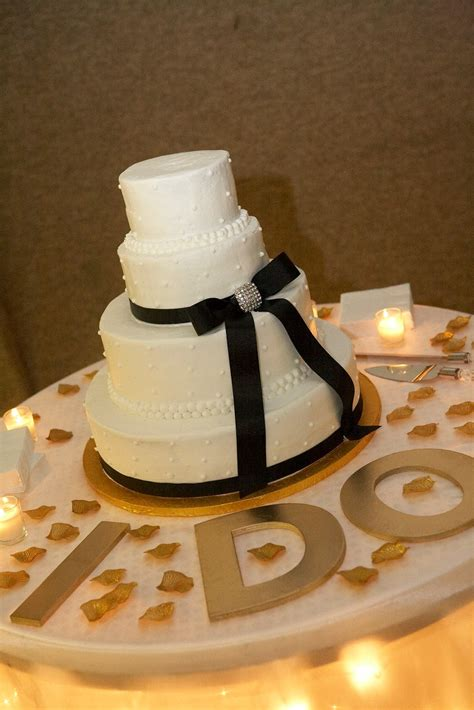 wedding cake display table on pinterest cake table