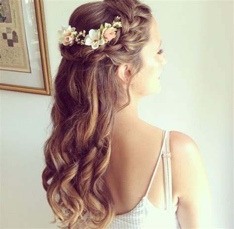 Wedding Guest Hair With Flowers by Gorgeous Creative Wedding Inspiration
