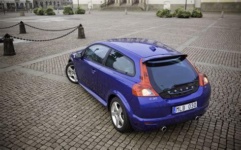 2009 volvo c30 r design test motor trend