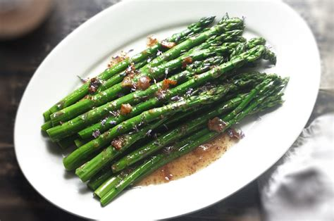 Forward Side Sauted Asparagus With Pancetta by Asparagus With Pancetta And Apple Vinaigrette Recipe By