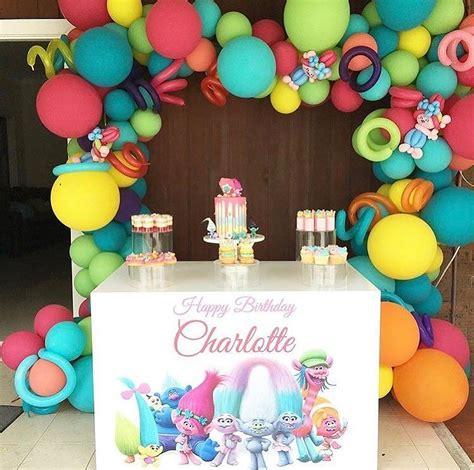 guirnaldas de globos de temtica de circo graduacin