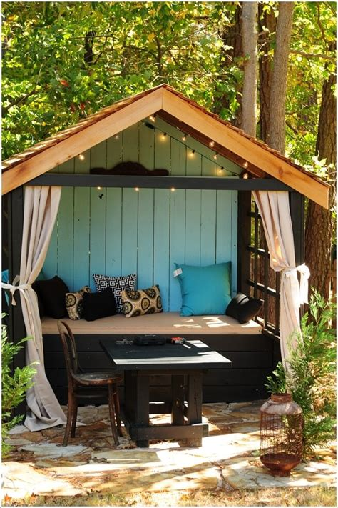 outdoor seating nooks   fall  love