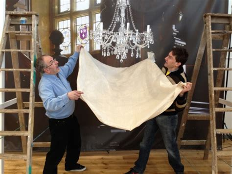 The Chandelier Scene How To Have Your Very Own Only Fools And Horses Chandelier Episode