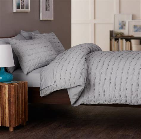 Best Light Comforter by 42 Best Images About Bedding On Green Pillow