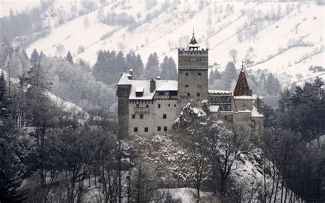 Transylvania Dracula Castle | transylvanian christmas dracula s castle bran romania