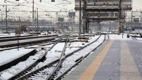 sciopero usb di treni e treni sciopero nazionale usb rinviato per il maltempo