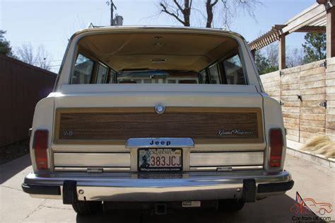 Jeep With Wood Paneling 1987 Jeep Grand Wagoneer White With Wood Paneling