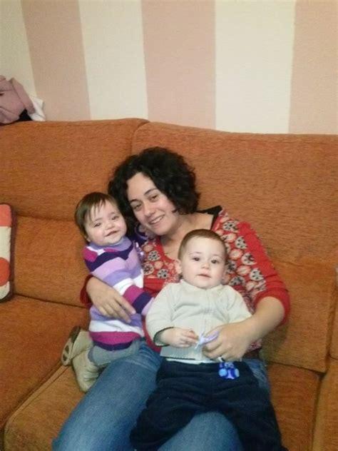 madres e hijo se hospedan en hotel madre folla hijo en hotel pasa la noche con su hijo y se