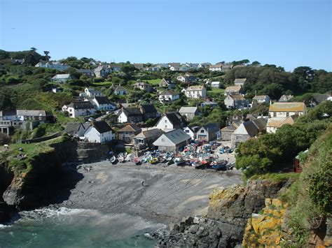 Cadgwith Cove Cottages by Cadgwith Cove Cottages