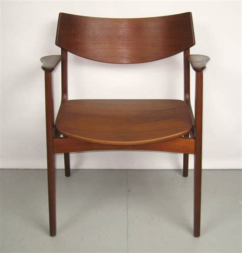 teak dining room furniture teak modern dining room table with ten chairs by erik buck at 1stdibs