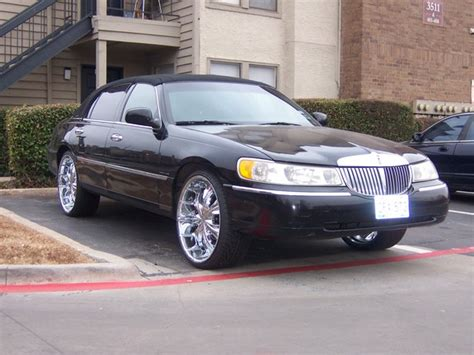 old car manuals online 2001 lincoln town car user handbook service manual 2001 lincoln town car how to fill new transmission tbone4x 2001 lincoln town