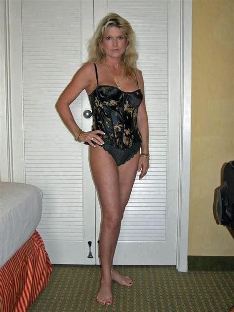 older sexy women milf sugar sugar milf presents a older amateur cougar in