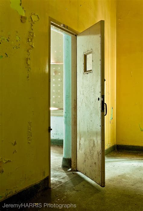 Seclusion Room by 17 Best Images About Abandoned Hospitals Asylums Morgues