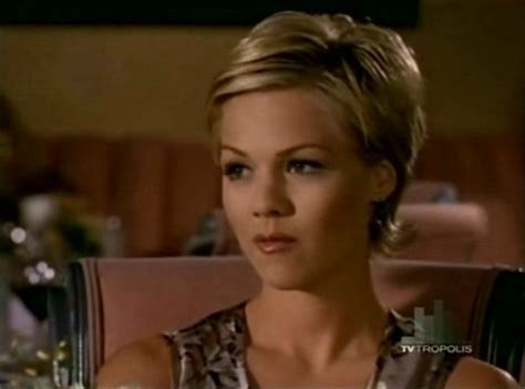 Kelly 90210 Hairstyles | beverly hills 90210 kelly taylor short hair pinterest