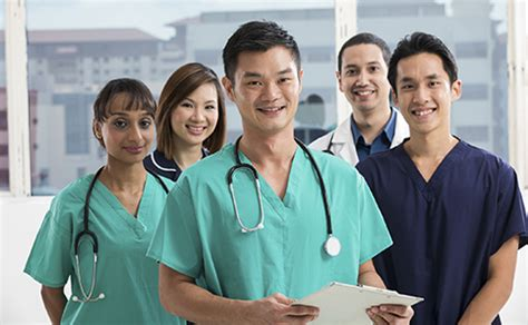 international nursing in the usa