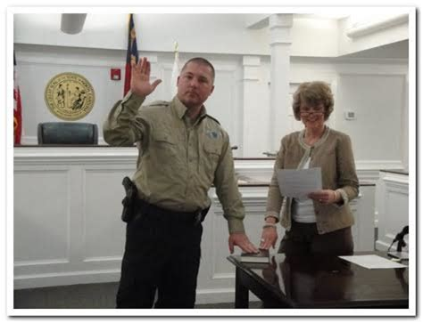 Granville County Court Records New Tyrrell County Chief Deputy Sworn In Washington Daily News