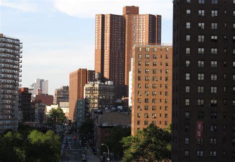 new york city housing mayor de blasio launches largest public housing energy savings program in the nation